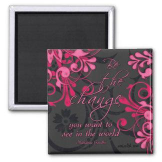 Imán inspirado floral abstracto negro rosado