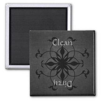 Imán limpio o sucio gótico del lavaplatos