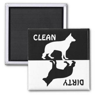 Imán limpio sucio del lavaplatos del perro de
