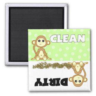 Imán limpio/sucio del mono lindo del lavaplatos
