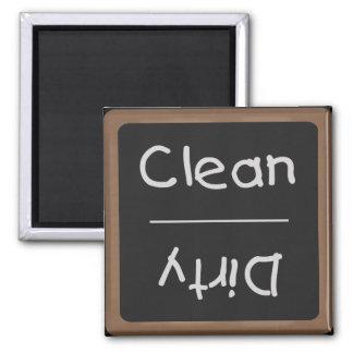 Imán limpio y sucio de la pizarra de los platos