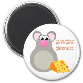 Imán lindo del dibujo animado del ratón