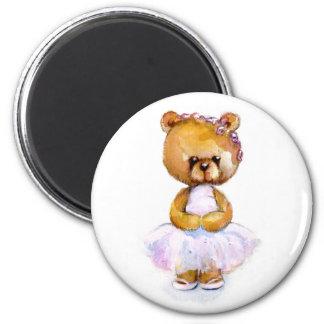 Imán minúsculo del oso de la bailarina