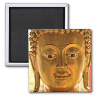 Imán principal de Buda del oro