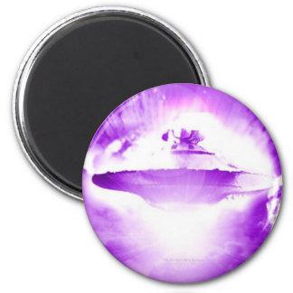 Imán púrpura de la llegada del UFO