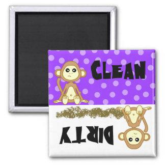 Imán púrpura limpio sucio del mono lindo del lavap