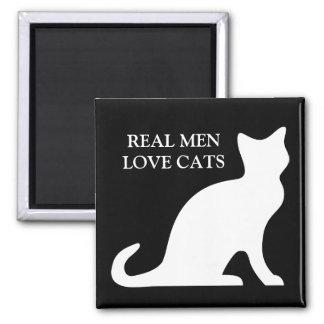 Imán real de los gatos del amor de los hombres