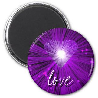 """Imán redondo del refrigerador del """"amor"""" de Purple"""