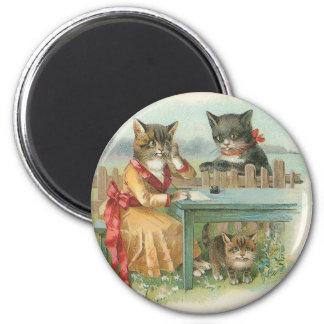 "Imán redondo del vintage ""de la familia de gato"""