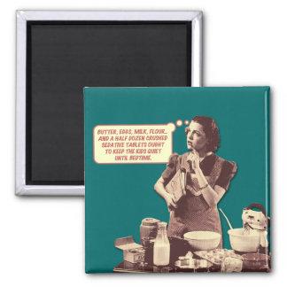 Imán retro del ama de casa - receta de la torta de imanes