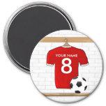Imán (rojo) adaptable de la camisa del fútbol