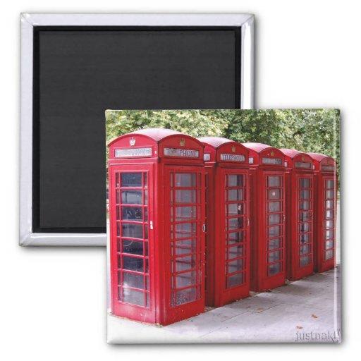 imán rojo de la caja del teléfono
