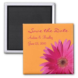 Imán rosado adaptable del monograma de la margarit