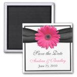 Imán rosado del boda del monograma de la margarita