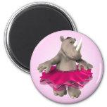 Imán rosado del rinoceronte