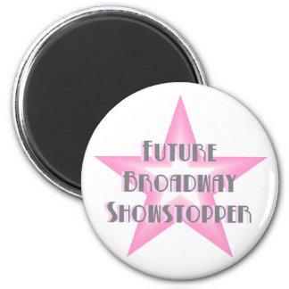 Imán (rosado) futuro del Showstopper de Broadway