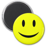 Imán sonriente amarillo de la cara