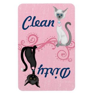 Imán sucio limpio del lavaplatos del gato