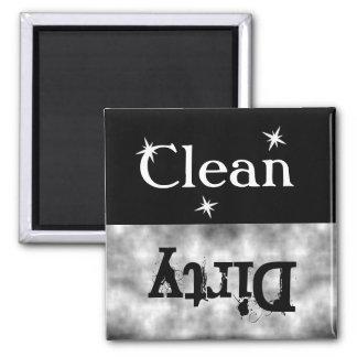 Imán sucio limpio del lavaplatos del Grunge blanco