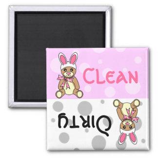 Imán sucio limpio del lavaplatos del oso de peluch