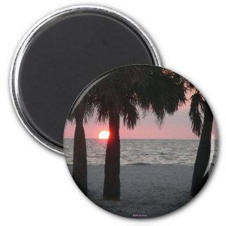 Imán tropical de la puesta del sol
