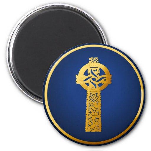 Imanes de la cruz céltica del oro iman