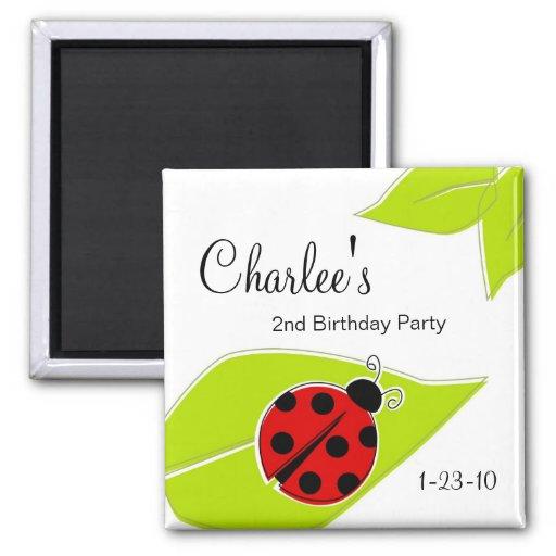 Imanes rojos del cumpleaños de la mariquita imanes para frigoríficos