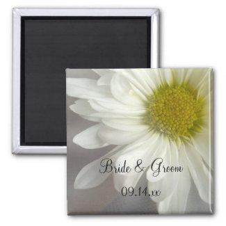 Soft White Daisy Wedding Magnet