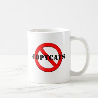 Imitadores antis taza de café