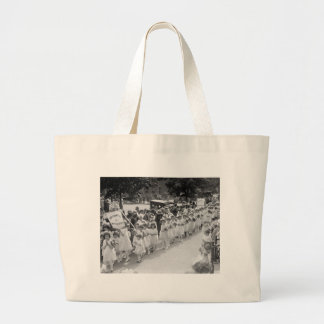 Immaculate Conception, Mary Procession: 1923 Tote Bags