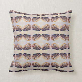 Imperial Venus Shell Pattern Throw Pillow