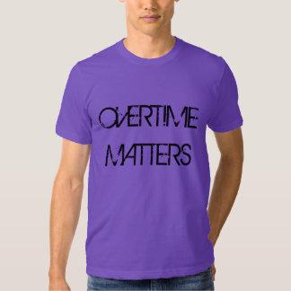 """""""Importa en horas extras"""" la camiseta Poleras"""