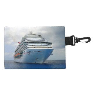 Imposing Bow Cruise Travel Accessory Bag