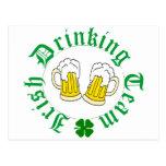 Impostor de consumición irlandés de la cerveza n d postales