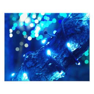 Impresión azul de la foto de las luces de navidad fotografías