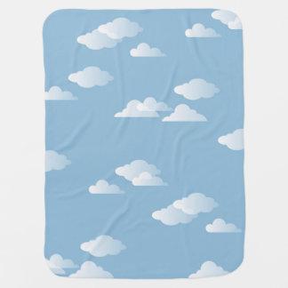 Impresión blanca de la nube del azul de cielo de manta de bebé