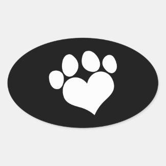 Impresión blanco y negro de la pata del corazón pegatina ovalada