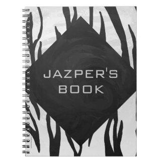Impresión blanco y negro del tigre del monograma libretas