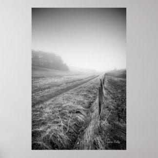 Impresión brumosa del campo de Wiltshire Poster
