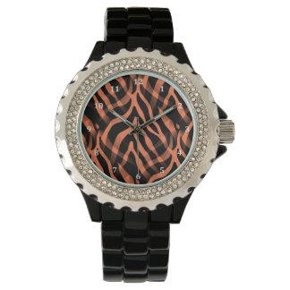 Impresión coralina elegante de las rayas de la reloj