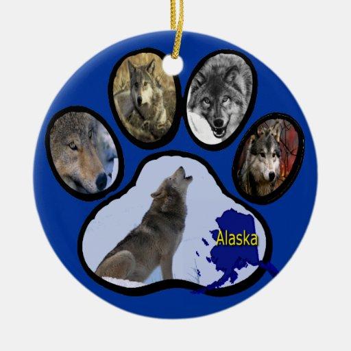 Impresión de Alaska de la pata del lobo Adorno Navideño Redondo De Cerámica