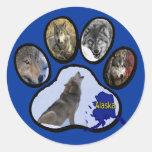 Impresión de Alaska de la pata del lobo Pegatina Redonda