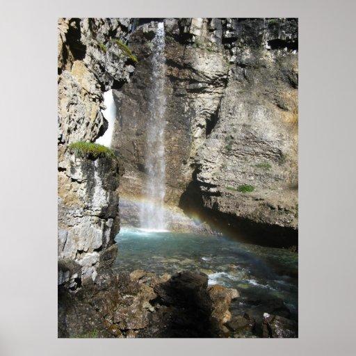 Impresión de la cascada y del arco iris póster