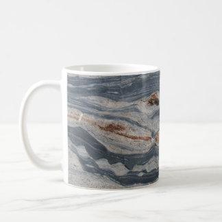 Impresión de la foto de la roca de Boudinage Taza Básica Blanca