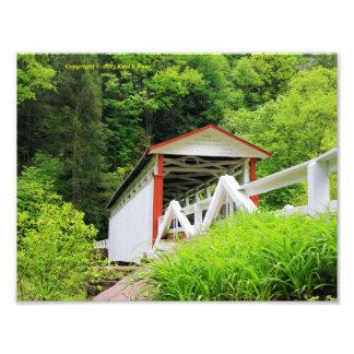Impresión de la foto del puente cubierto fotografía
