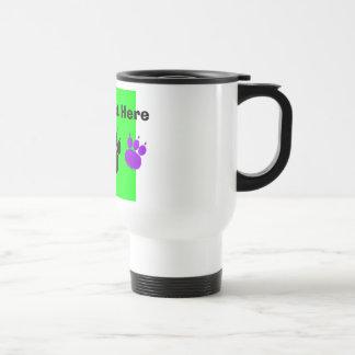 Impresión de la pata de los servicios del mascota taza de café