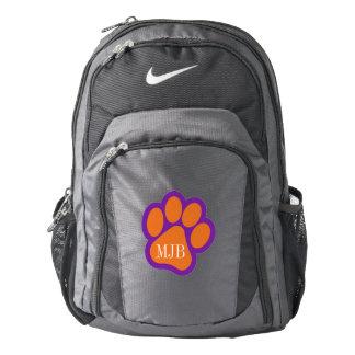 Impresión de la pata de Nike y mochila del