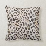 Impresión de la piel del leopardo en marfil natura cojin