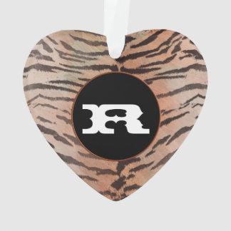 Impresión de la piel del tigre en albaricoque