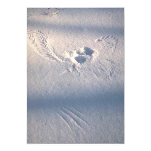 """Impresión de la pluma del búho en la nieve invitación 5"""" x 7"""""""
